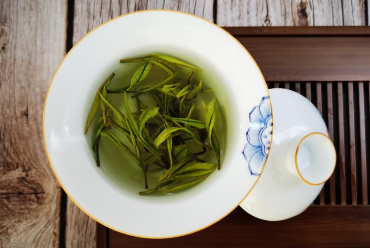 冲泡云雾茶可以用保温杯吗?还有哪些冲茶时常犯的错误?【鸦鹊山】
