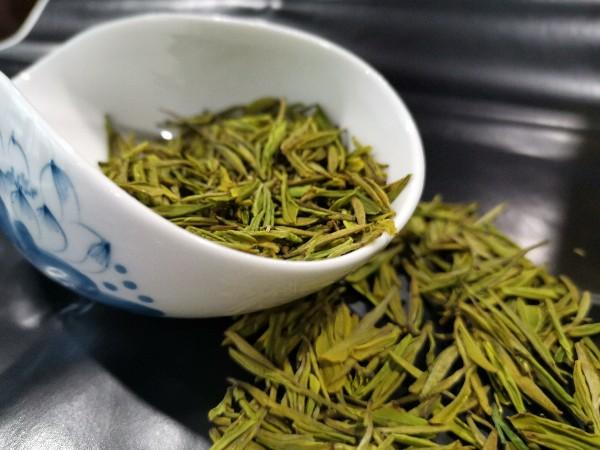 黄金茶放冰箱里有影响吗?会受潮吗?【鸦鹊山】