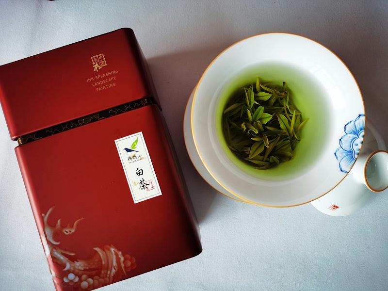 云雾茶新茶颜色?如何快速简单辨别新旧茶叶【鸦鹊山】