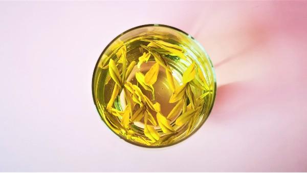 头采黄金茶营养价值?唯有健康最珍贵!【鸦鹊山】