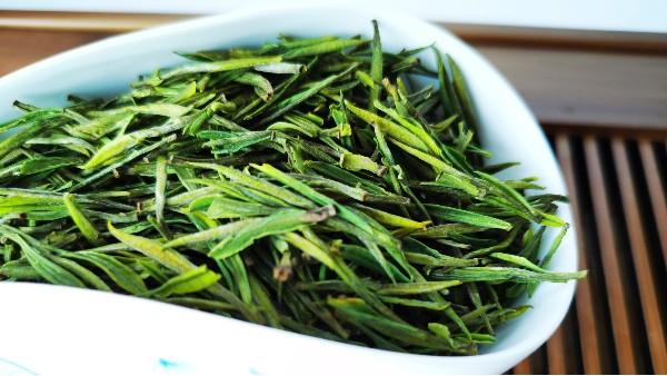 """礼盒茶叶是陈茶吗?如何区分""""陈茶翻新""""?【鸦鹊山】"""