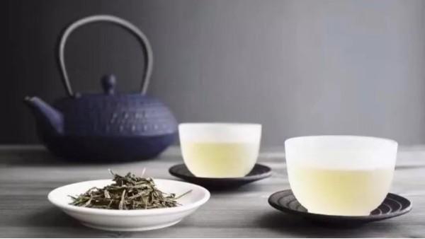 高山茶可以收藏吗?绿茶为什么不值得收藏?【鸦鹊山】