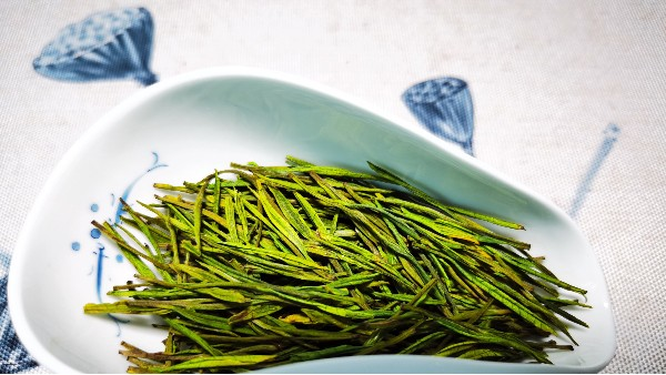 高山云雾茶的四大品种?你喝过哪个?【鸦鹊山】
