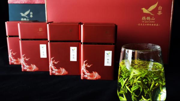 礼盒里的茶叶放久了会变黄吗?怎么避免这种情况【鸦鹊山】