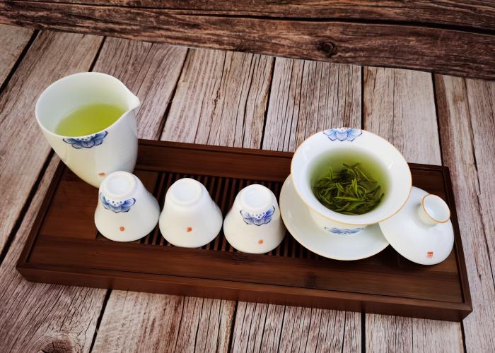高山茶机制的好还是手工的好?