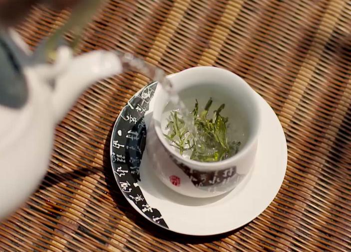 云雾茶适合煮还是泡?须看茶叶是否发酵【鸦鹊山】