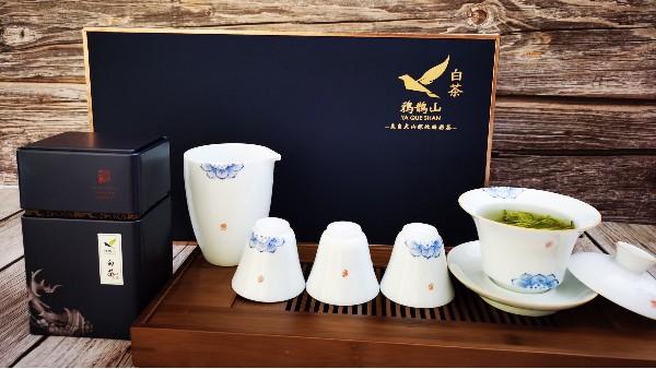 盖碗的前世今生:让泡茶变得简单而优雅!【鸦鹊山】