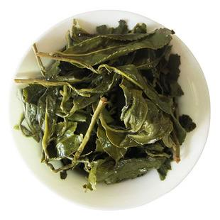 台湾高山茶为什么带梗?原来是有这样的大作用【鸦鹊山】