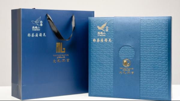 茶叶礼品(盒)用什么材质才能上档次?【鸦鹊山】