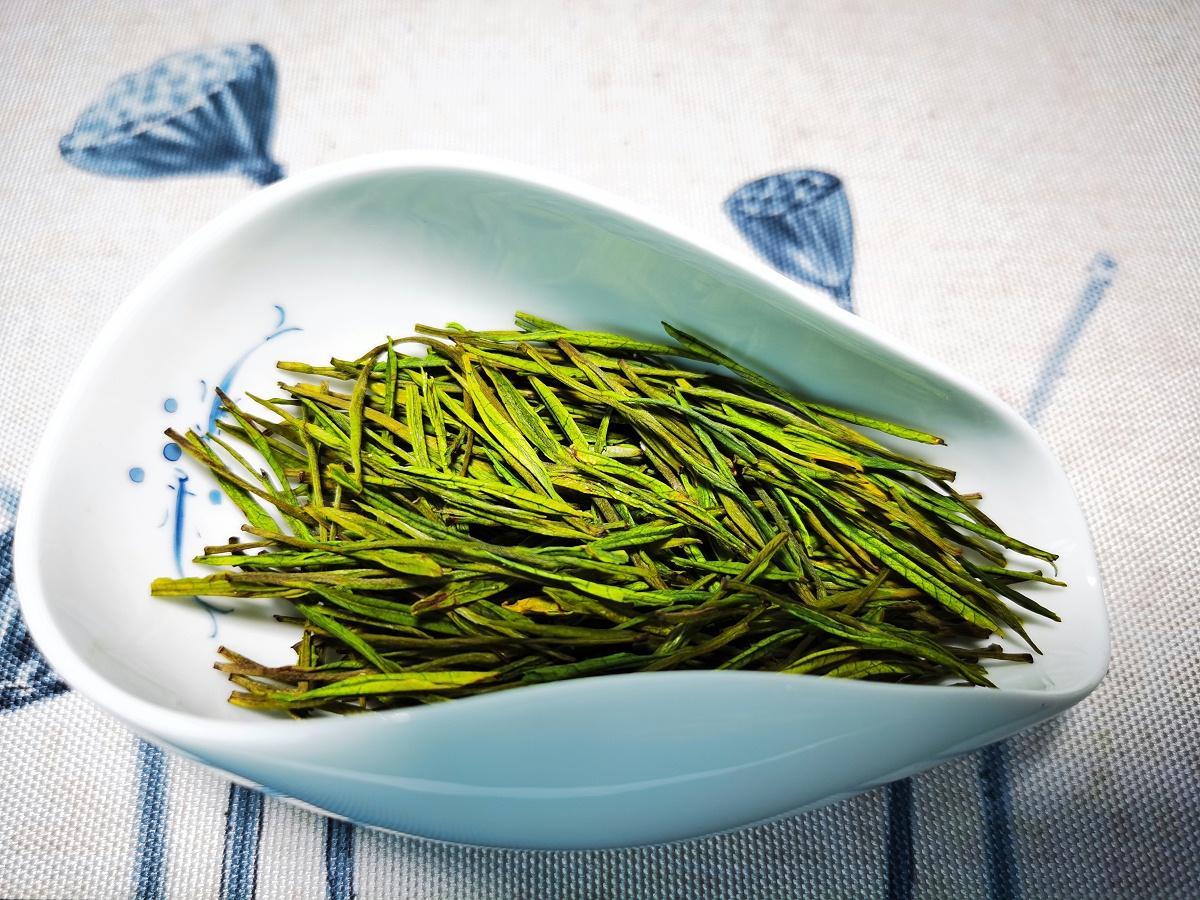 血糖高能喝高山茶吗?健康养生常喝绿茶!【鸦鹊山】